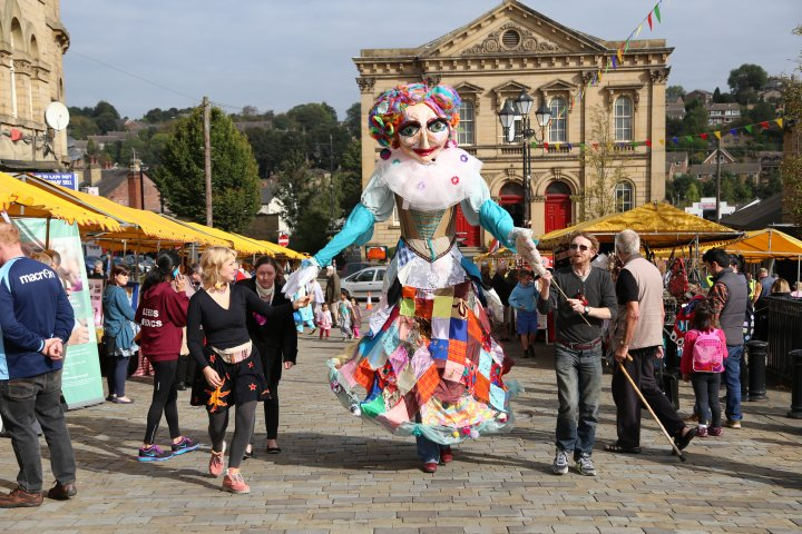Molly Hawkins Puppet at Batley Festival 2014