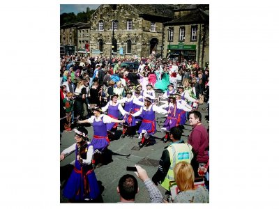 Volunteer with Holmfirth Festival of Folk and get involved